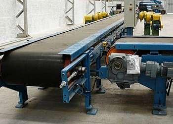 Esteira industrial automatizada